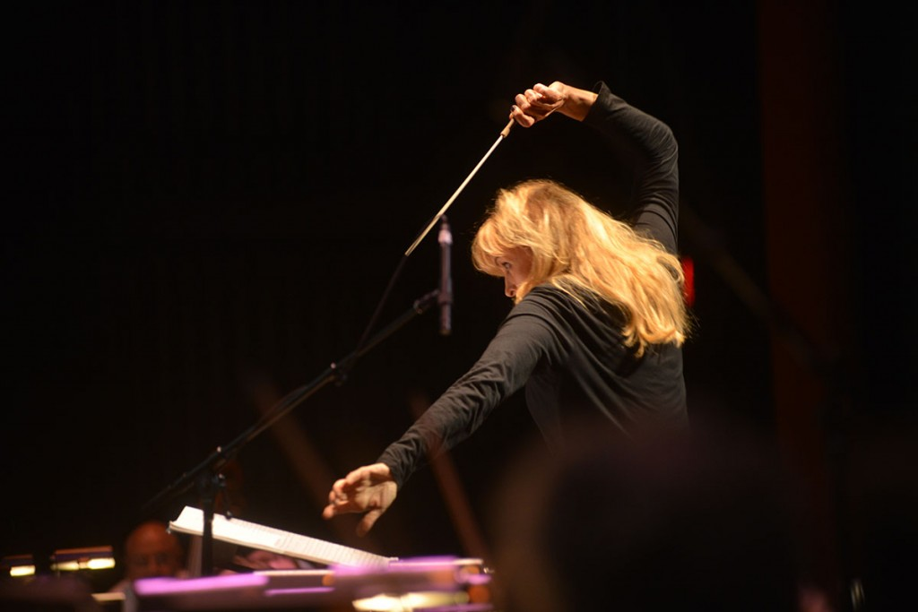 Conductor Amy Andersson